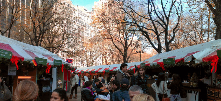 Central Park - Holiday Market