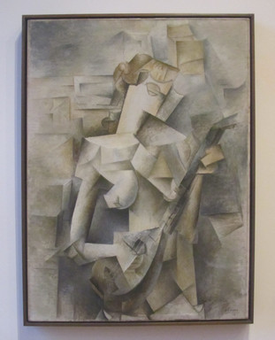 Picasso - Girl with mandolin