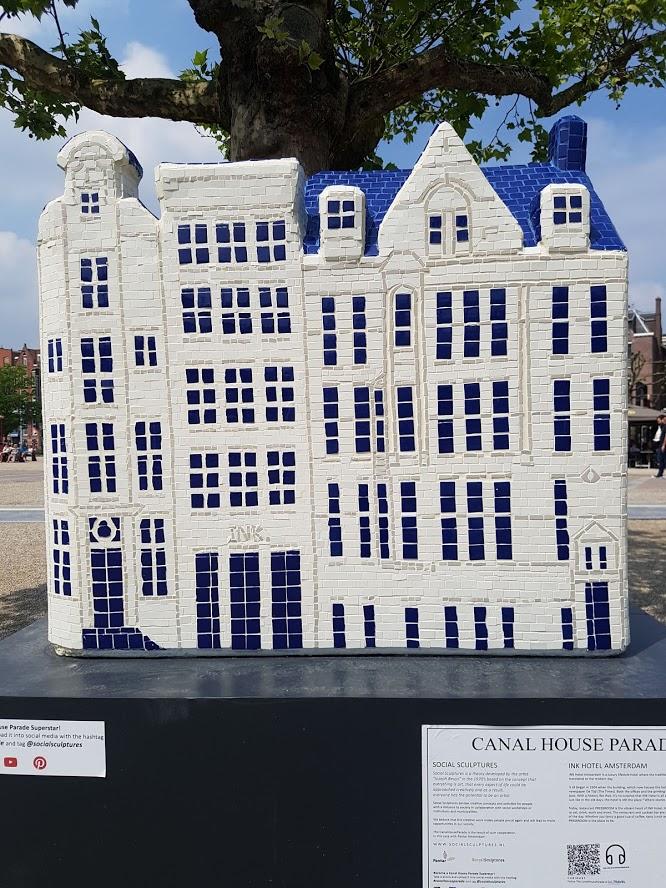 8 Museum Square