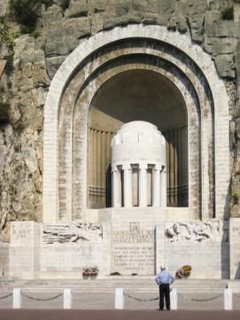 Monument aux Morts de Rauba-Capeù