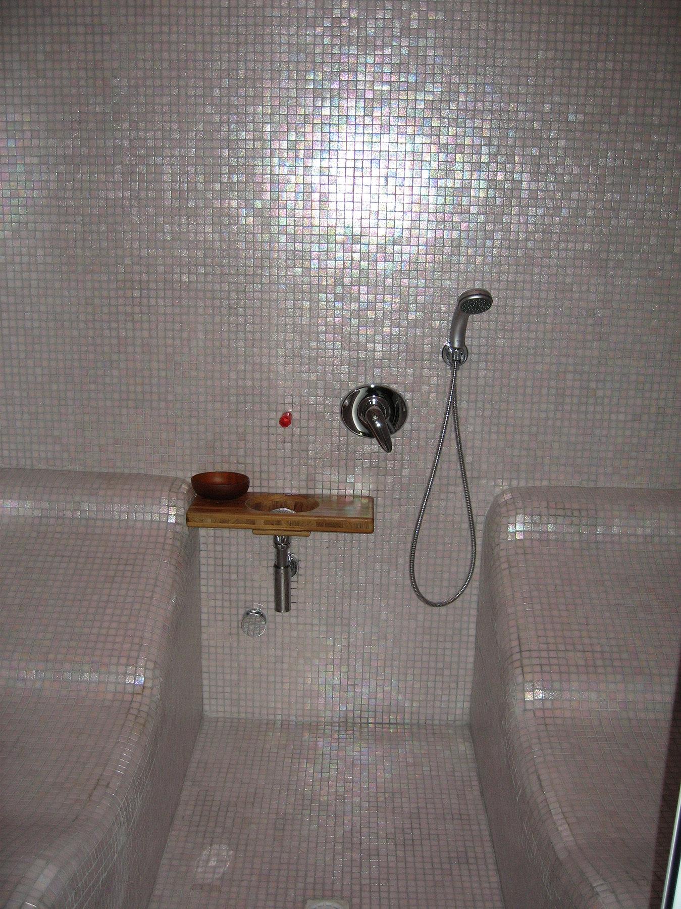 Costruire bagno turco latest bagno turco genova costruzione bagno turco acqua spa immagini - Costruzione bagno ...