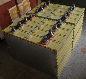 TSWB 400Ah x 12v with 200Ah cells.JPG