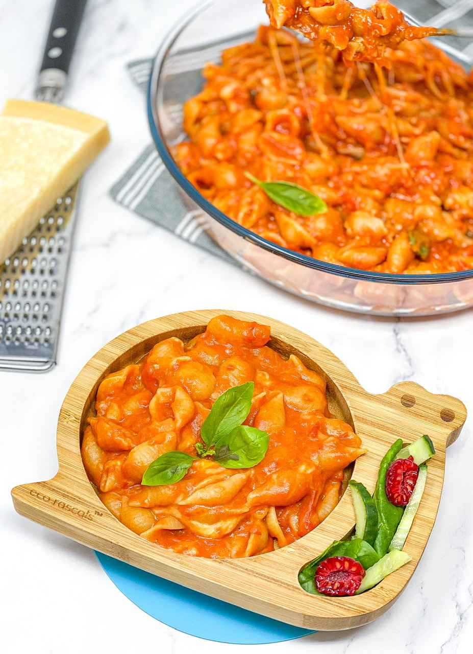 20 MINS MELTED MOZZARELLA & TOMATO PASTA served in bamboo eco rascal plate