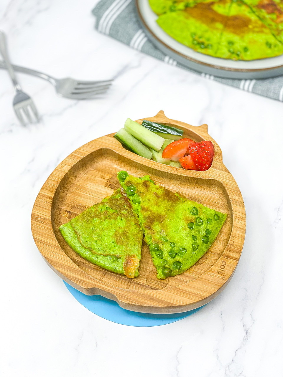 HULK OMELETTE  in bamboo plate for fun food