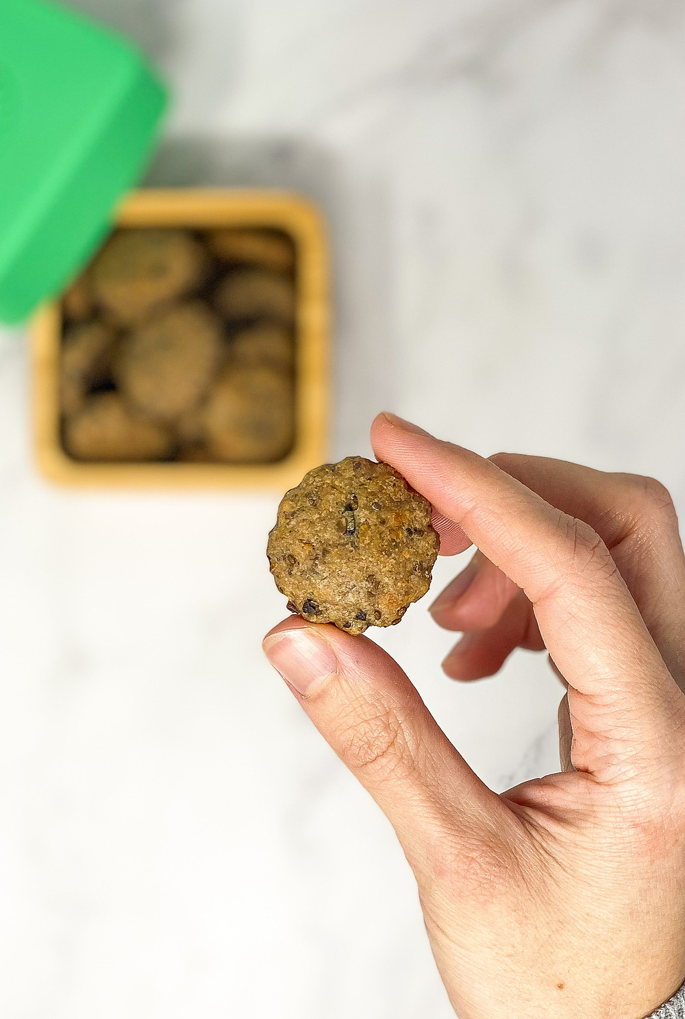 OLIVES • CHIA CRACKERS in kids small bamboo takeaway pot