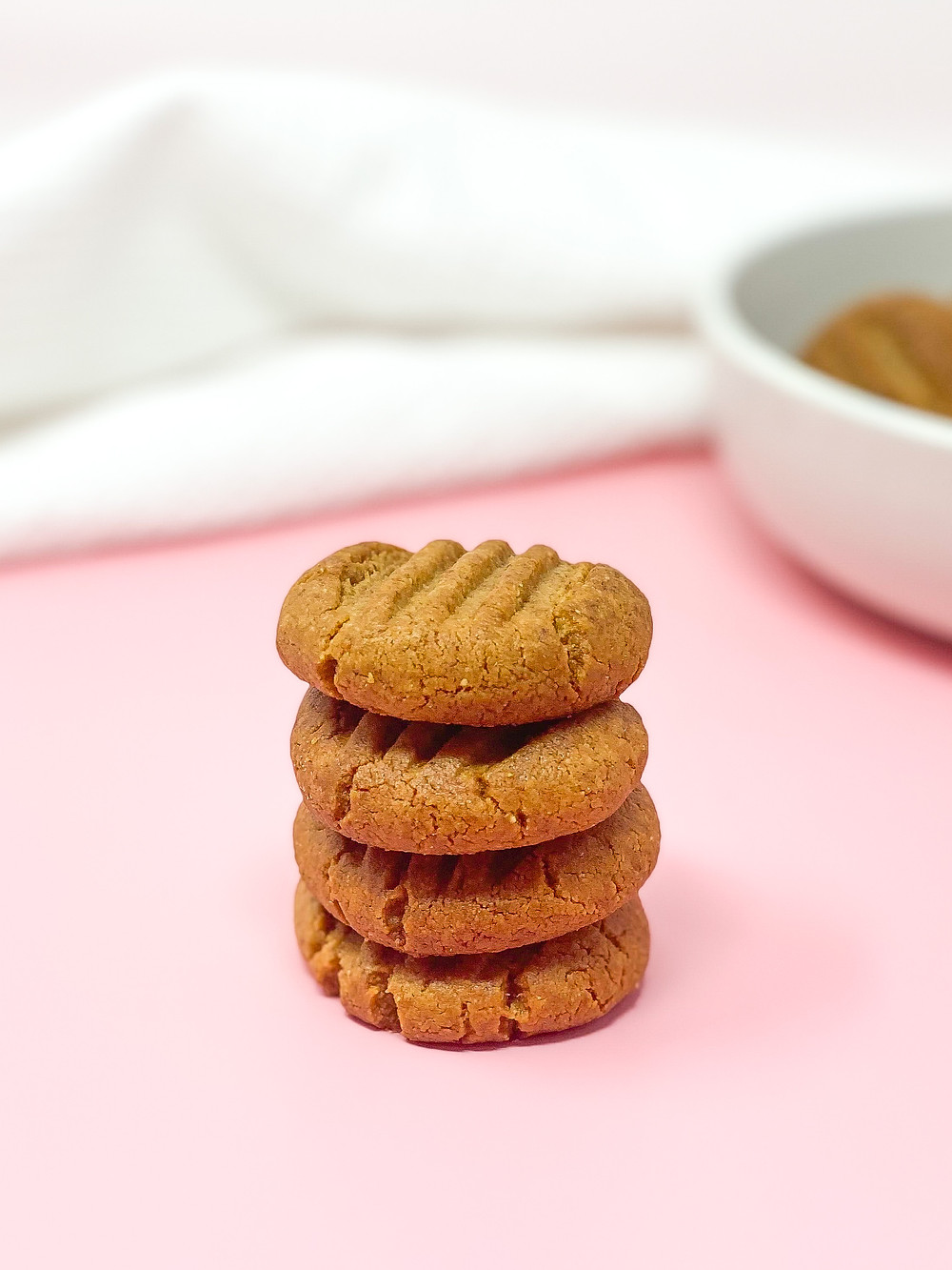 3 INGREDIENTS PEANUT BUTTER COOKIES 🍪 STACK ON EACH OTHER