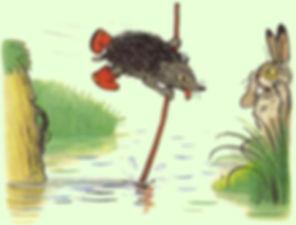 ёжик на палке перебирается через ручей д