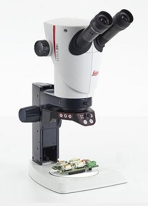Leica S9 Stereozoom Microscope