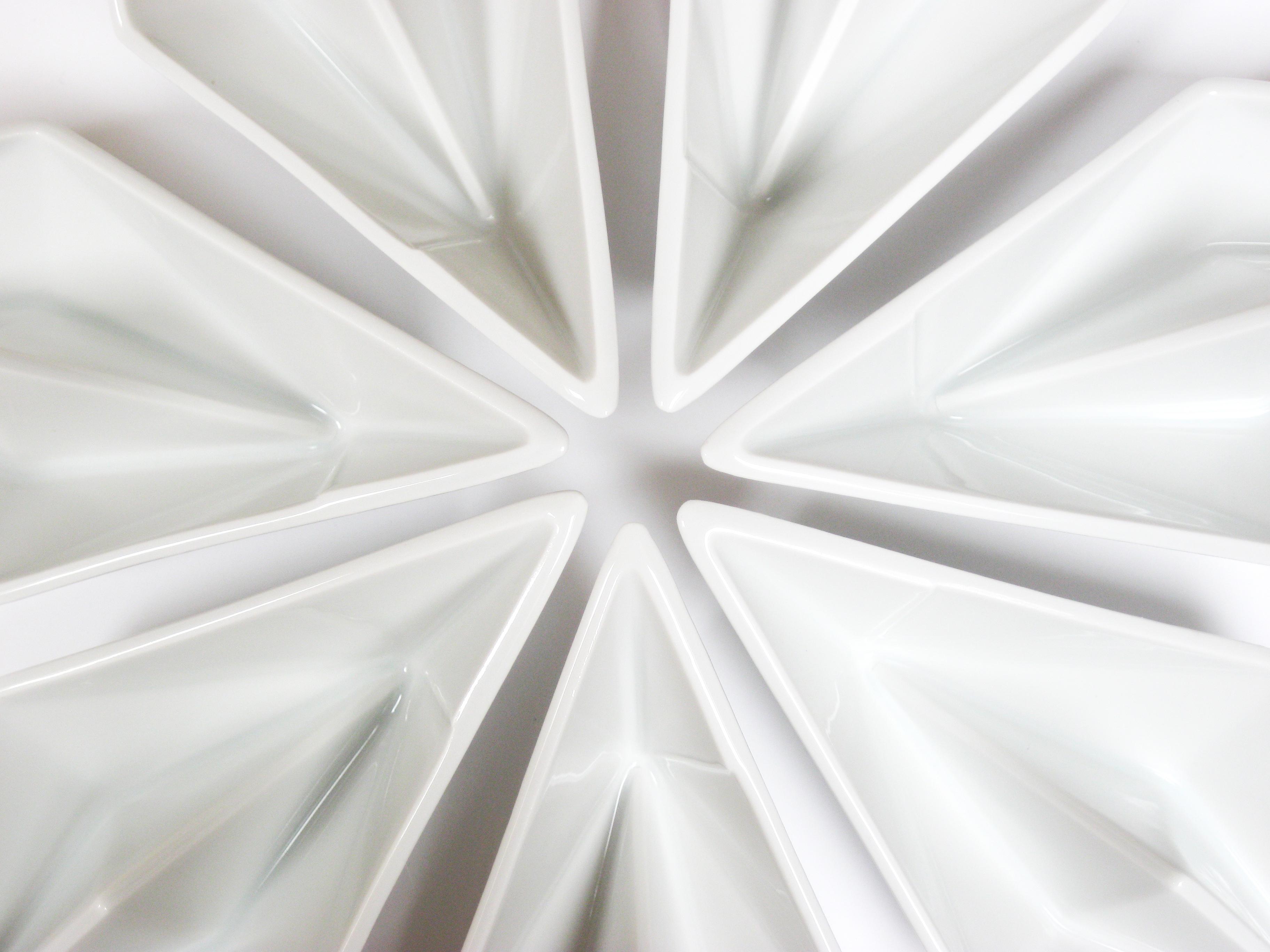 ALIZI.PORCELAIN PAPER BOAT