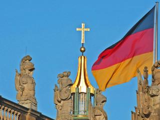 Gott und Grundgesetz sind untrennbar! - Wieso das Kreuz zu Deutschland gehört