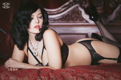 lady-may-tigz-rice-boudoir2