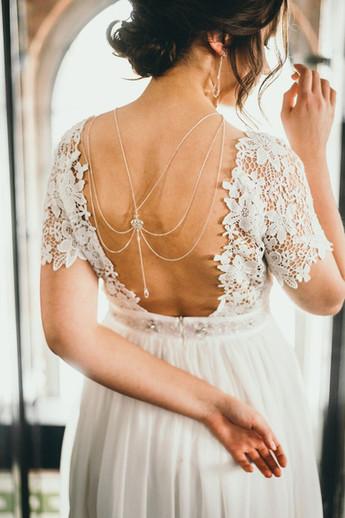 ARABESQUE Web Style Body Chain with Swarovski Crystal Back Necklace