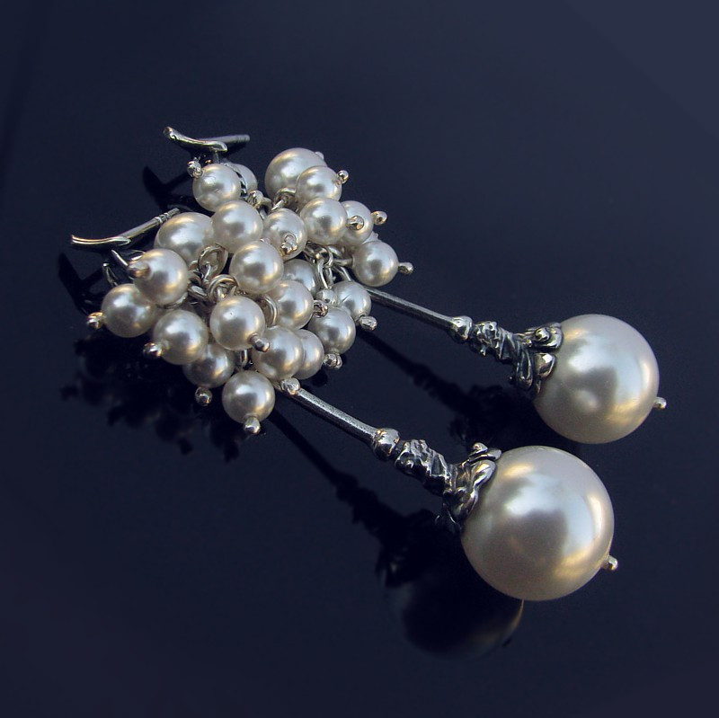 ROSITA Swarovski White Pearl Earrings b.