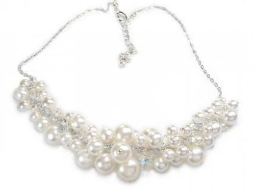 ELLA Creamy Crystal Pearl Necklace