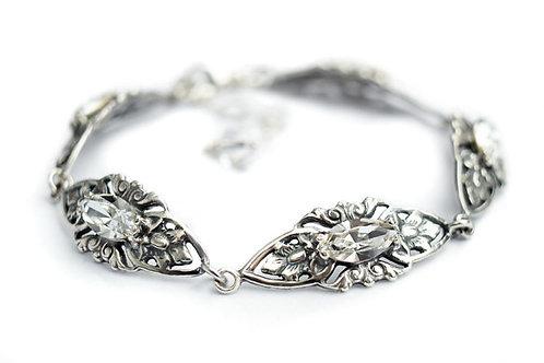 VIVIENNE Vintage Carved Crystal Swarovski Bracelet