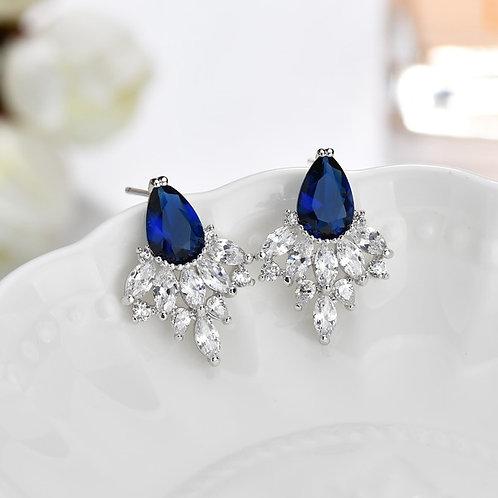 SU Sapphire Crystal Claws Earrings