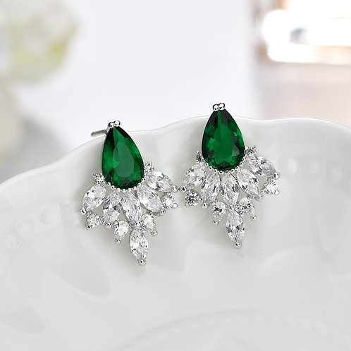 SU Emerald Crystal Claws Earrings