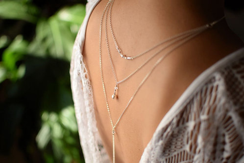 ELIZEE Subtle White Pearl & Crystal Swarovski Back Necklace