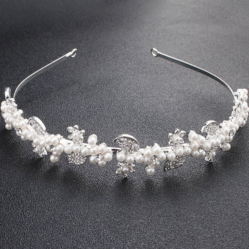 LILA White Pearl Crystal Leaf Hairband
