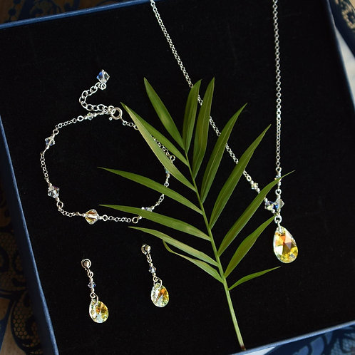 BRENDA Classic Teardrop Aurora Borealis Crystal Necklace, Bracelet & Earring Set