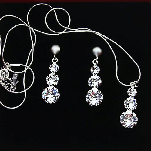 CRYSTAL Swarovski Necklace and Earring Set