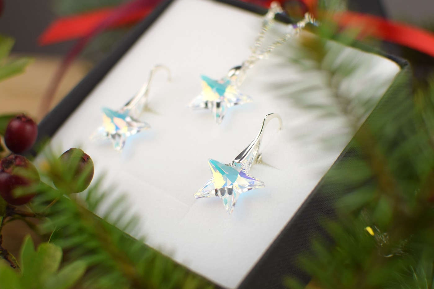 STARS Swarovski Aurora Borealis Crystal Necklace & Earring Set