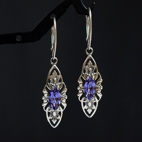 VIENNE Vintage Retro Tanzanite Swarovski Crystal Earrings