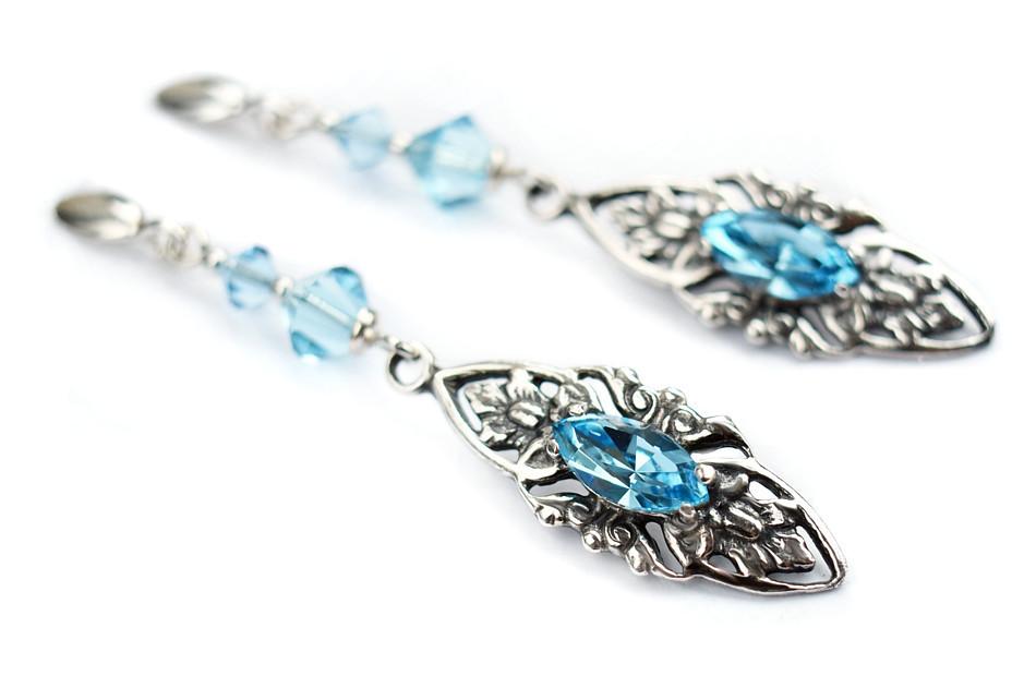 VIVIENNE Retro Aquamarine Swarovski Crystal Earrings