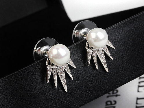EILLY Claw Pearl Crystal Silver Pierced Earrings