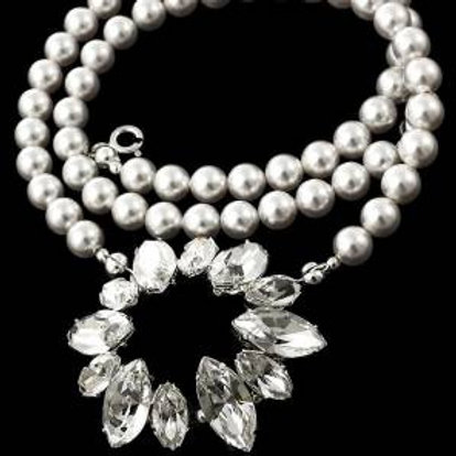 PEARL and Crystal Flower Necklace with Swarovski® stones