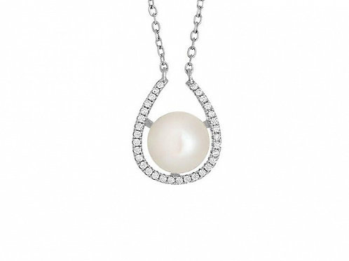 MAE Modern Chic Subtle Pearl Necklace