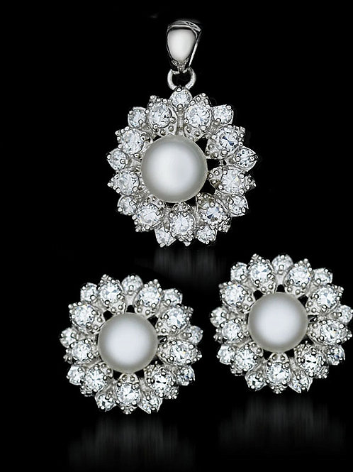 LENA Natural White Pearl and Cubic Zirconia Silver Set