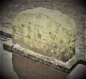 Dick Turpin's grave - Amy Flint