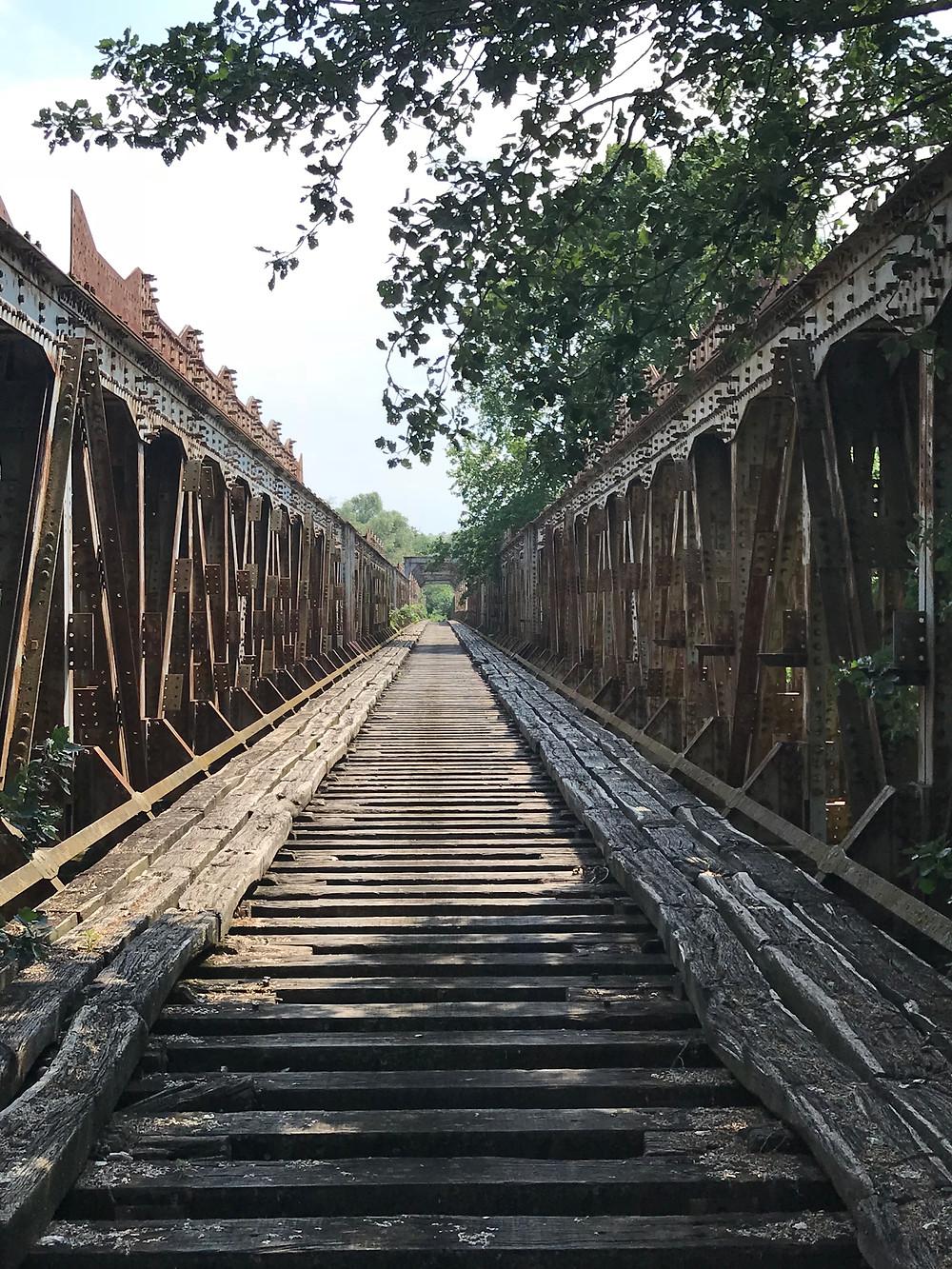 Εκδρομή στην σιδηροδρομική γέφυρα Αλιάκμονα