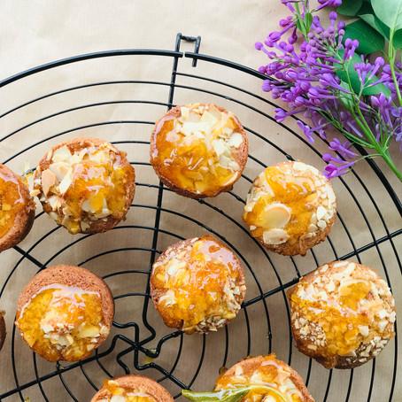mini cupcakes με λεμονι και φασκομηλο