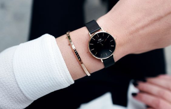 Daniel Wellington Gold With Gold Bracelet