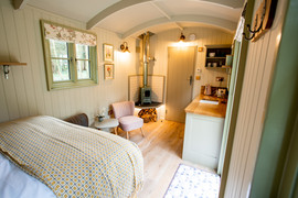 Shepherds Hut Poacher For Sale (31).jpg