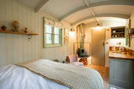 Shepherds Hut Poacher For Sale (20).jpg