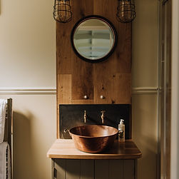 Luxury Shepherd Hut Bathrooms