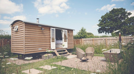 Waingates Farm Shepherds Hut by The Engl