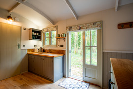 Shepherds Hut Kitchen (20).jpg