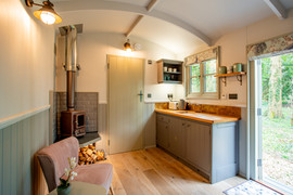 Shepherds Hut Luxury Break (21).jpg