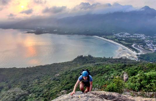 Hong Kong Climbers Club Mobile.jpg