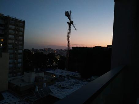 בסוף עולה השחר