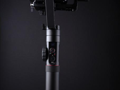 動画撮影で使える便利カメラアイテムをご紹介