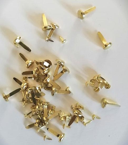 Ataches dourados