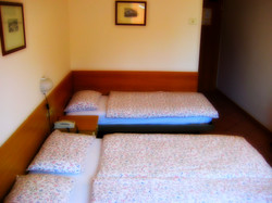 Camera tripla - Three beds room