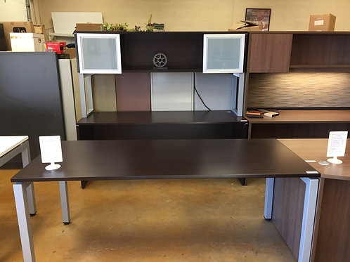 """""""Element Series"""" Desk and Hutch"""