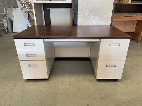 Steelcase Double ped Desk