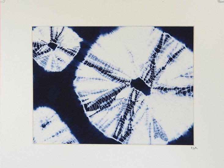 main view blue and white kumo shibori